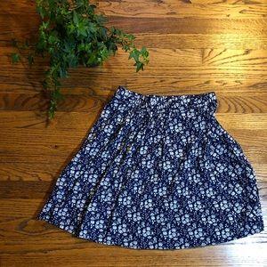 J. Crew navy blue floral skirt xS